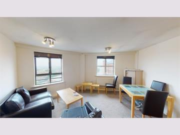 Flat 13 Royal Victoria Court