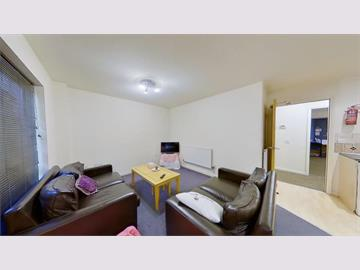 Flat 48 Royal Victoria Court