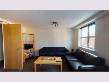 Flat 10 Royal Victoria Court