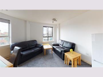 Flat 17 Royal Victoria Court