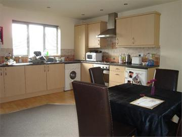 Flat 30 Royal Victoria Court