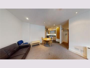 Apt 4, 2 North Sherwood Street, Nottingham, NG1 4DD